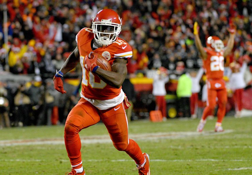 9733297-tyreek-hill-nfl-oakland-raiders-kansas-city-chiefs