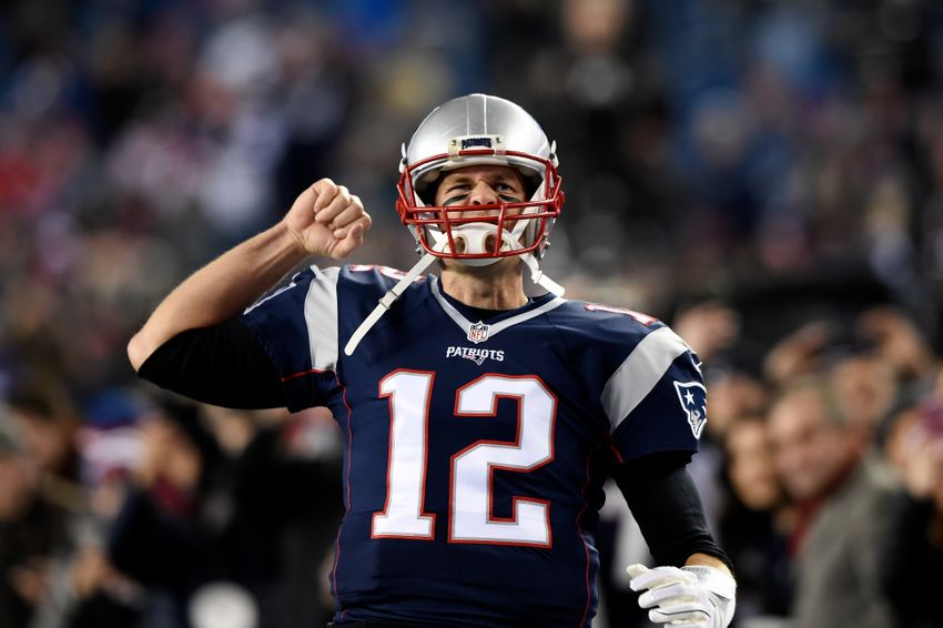 9744518-tom-brady-nfl-baltimore-ravens-new-england-patriots