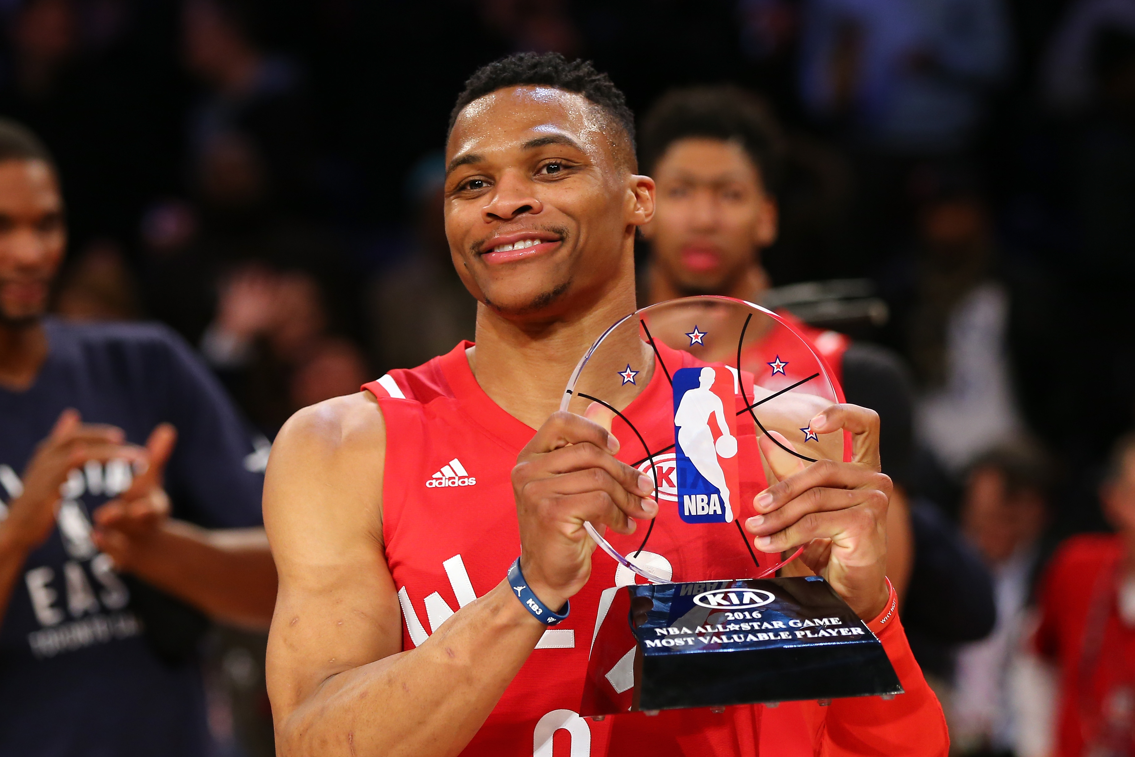 TORONTO, ON - FEBRUARY 14:  Russell Westbrook #0 of the Oklahoma City Thunder and the Western Conference holds the MVP trophy after defeating the Eastern Conference during the NBA All-Star Game 2016 at the Air Canada Centre on February 14, 2016 in Toronto, Ontario. The Western Conference defeated the Eastern Conference 196-173. NOTE TO USER: User expressly acknowledges and agrees that, by downloading and/or using this Photograph, user is consenting to the terms and conditions of the Getty Images License Agreement.  (Photo by Elsa/Getty Images)