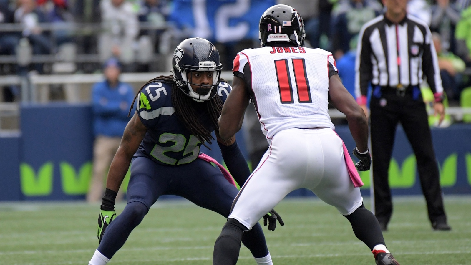 011017-NFL-Falcons-Seahawks-Julio-Jones-Richard-Sherman