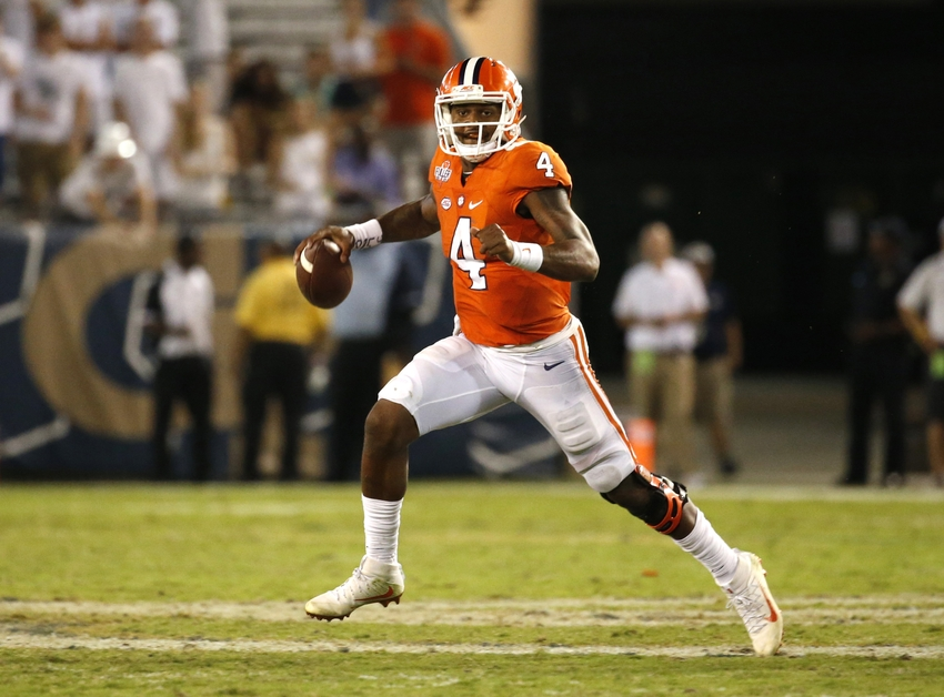 9558610-deshaun-watson-ncaa-football-clemson-georgia-tech