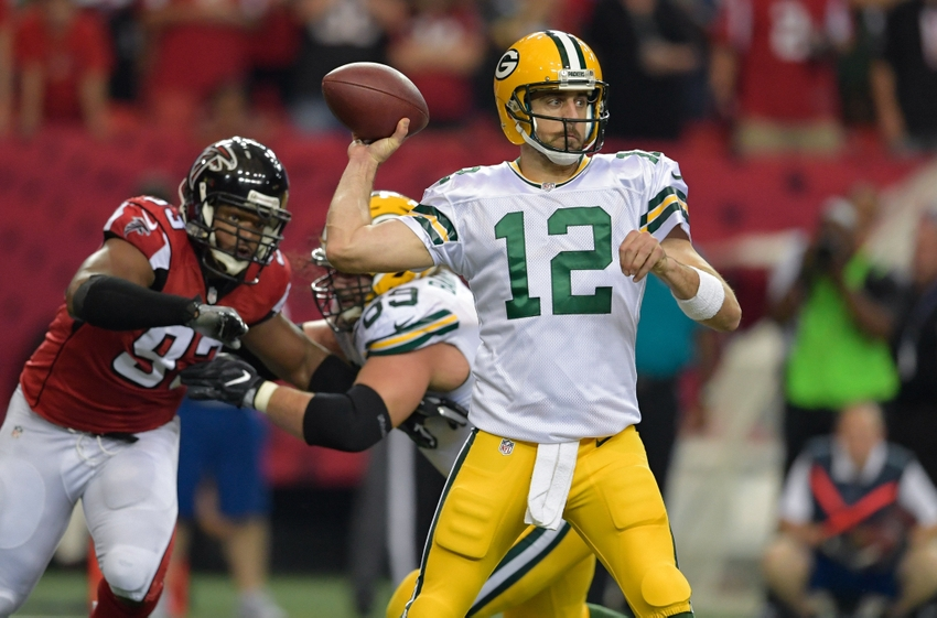 9643918-aaron-rodgers-nfl-green-bay-packers-atlanta-falcons