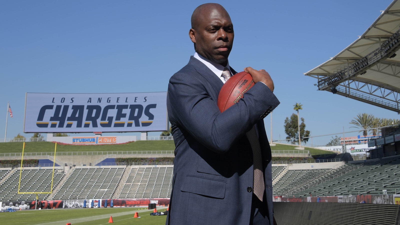 020717-NFL-Chargers-Anthony-Lynn