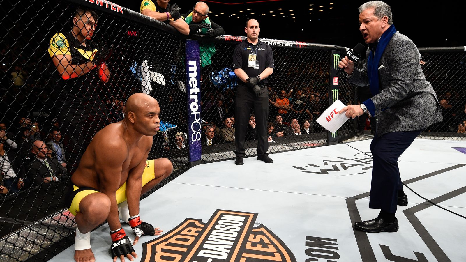 BROOKLYN, NEW YORK - FEBRUARY 11:  Anderson Silva of Brazil enters the Octagon before facing Derek Brunson in their middleweight bout during the UFC 208 event inside Barclays Center on February 11, 2017 in Brooklyn, New York. (Photo by Jeff Bottari/Zuffa LLC/Zuffa LLC via Getty Images)