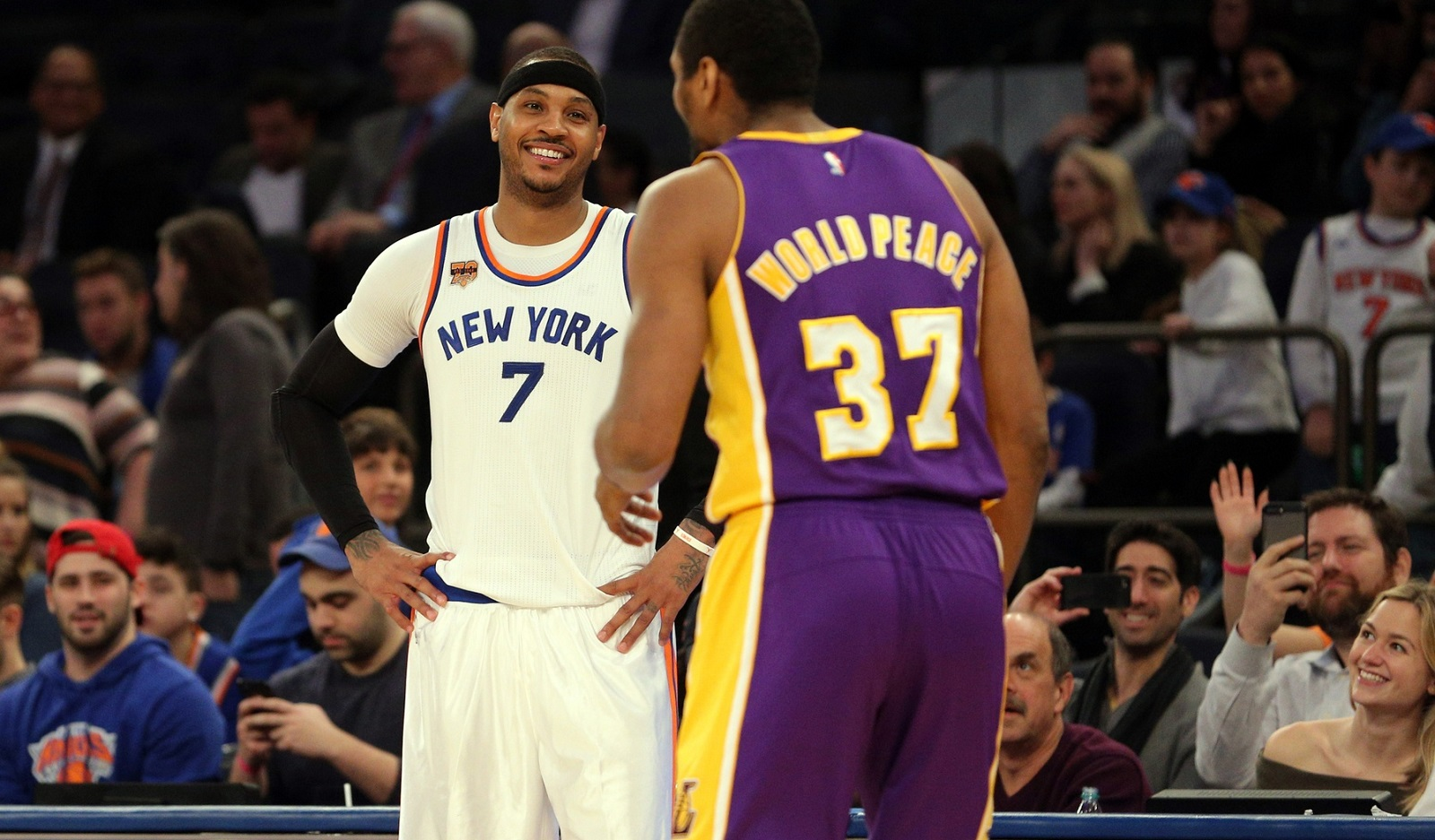 021517-NBA-New-York-Knicks-Los-Angeles-Lakers