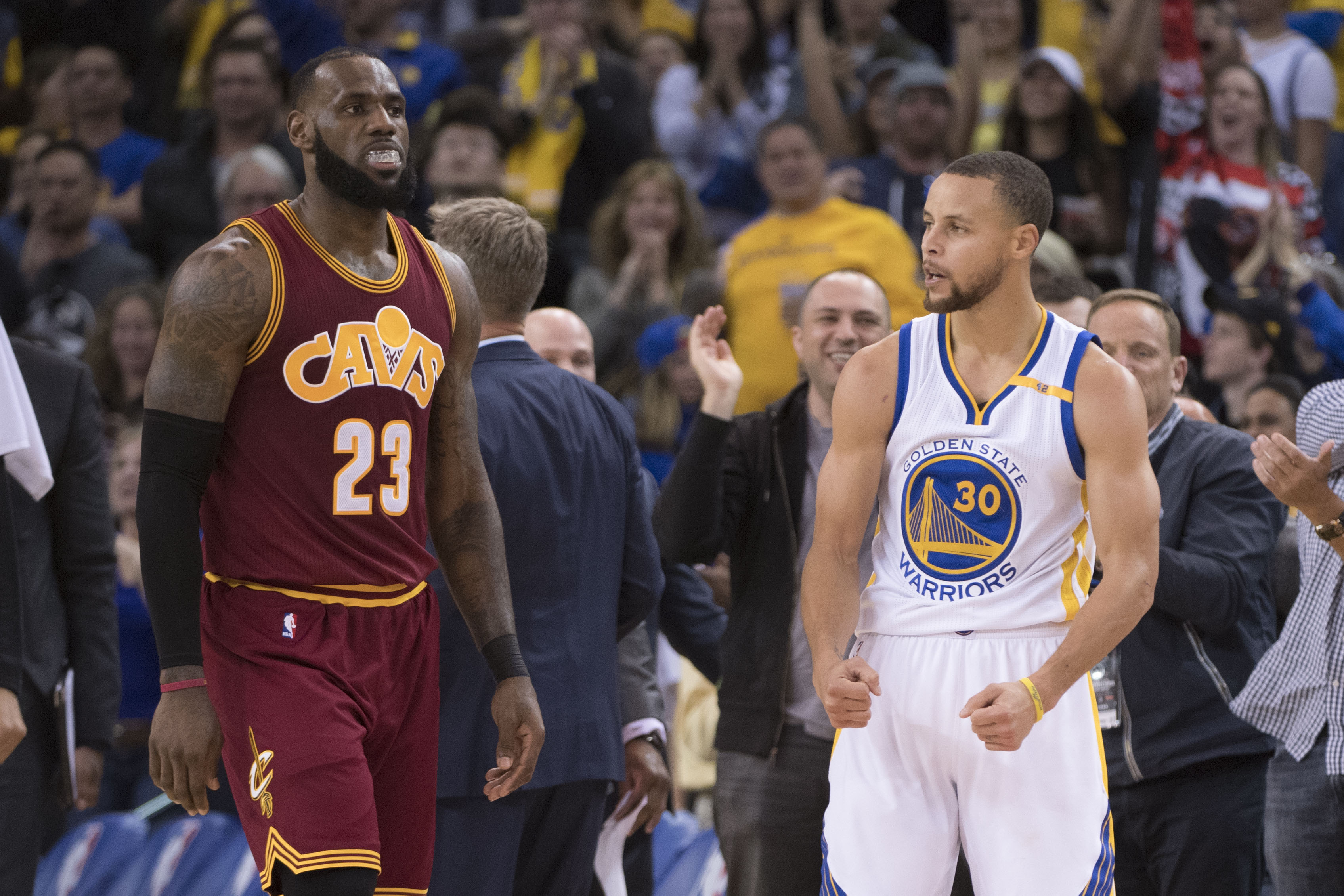 9814276-nba-cleveland-cavaliers-at-golden-state-warriors-4