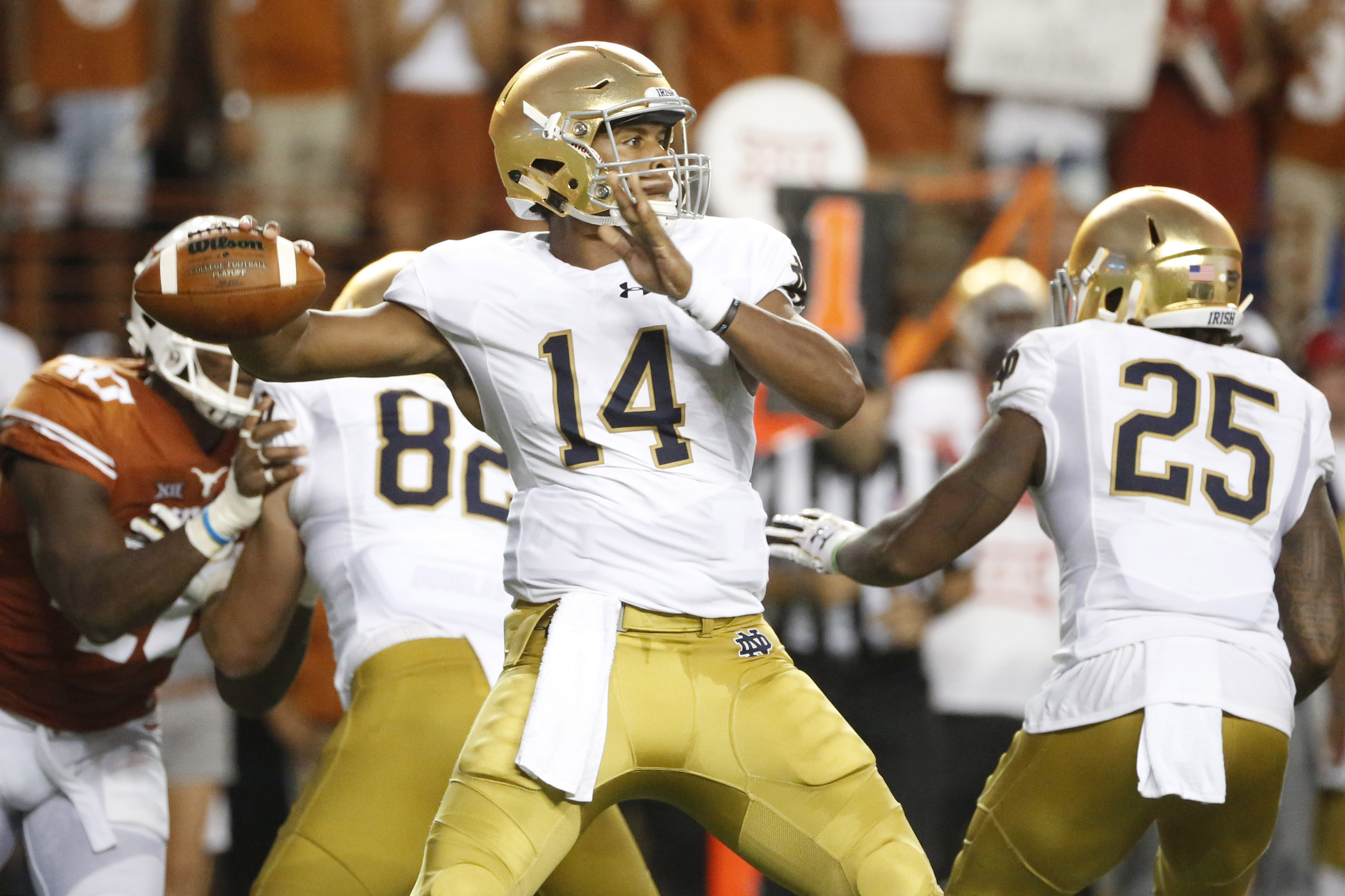 Sep 4, 2016; Austin, TX, USA; Notre Dame Fighting Irish quarterback DeShone Kizer (14) throws the ball against the Texas Longhorns at Darrell K Royal-Texas Memorial Stadium. Mandatory Credit: Soobum Im-USA TODAY Sports
