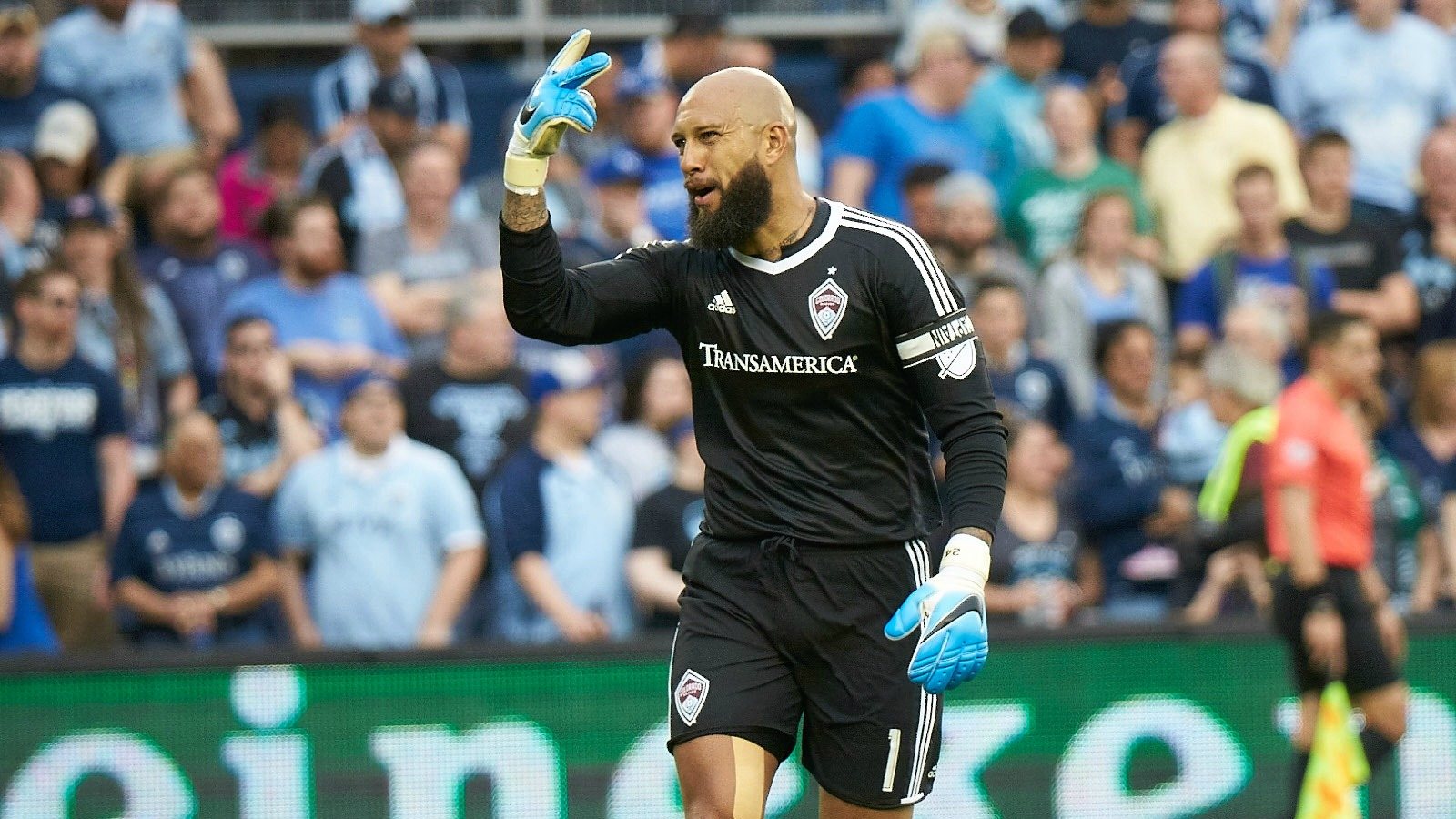 041517-Colorado-Rapids-Tim-Howard