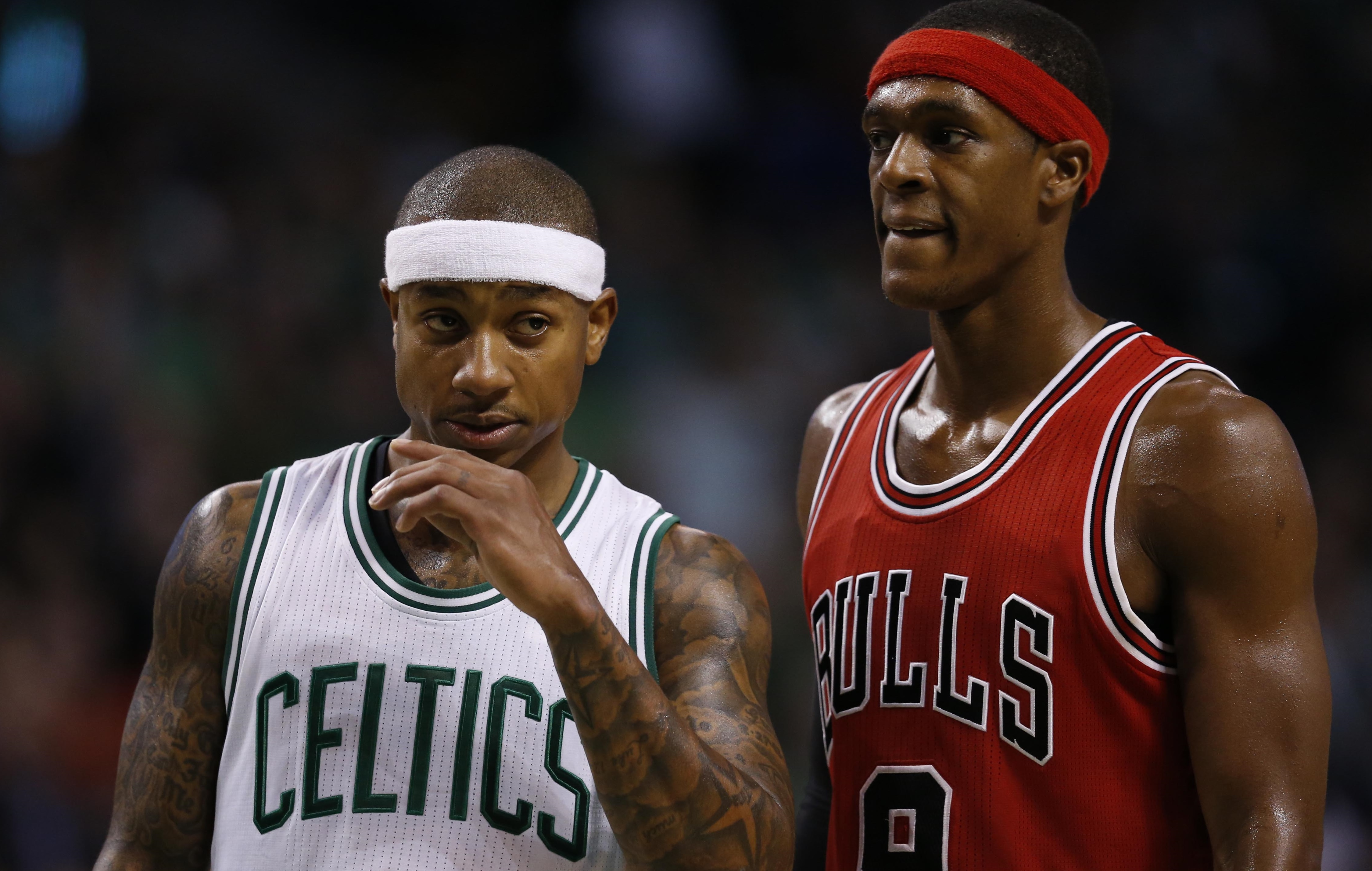 Nov 2, 2016; Boston, MA, USA;  Boston Celtics point guard Isaiah Thomas (4) and Chicago Bulls point guard Rajon Rondo (9) during the fourth quarter at TD Garden.  The Boston Celtics won 107-100. Mandatory Credit: Greg M. Cooper-USA TODAY Sports