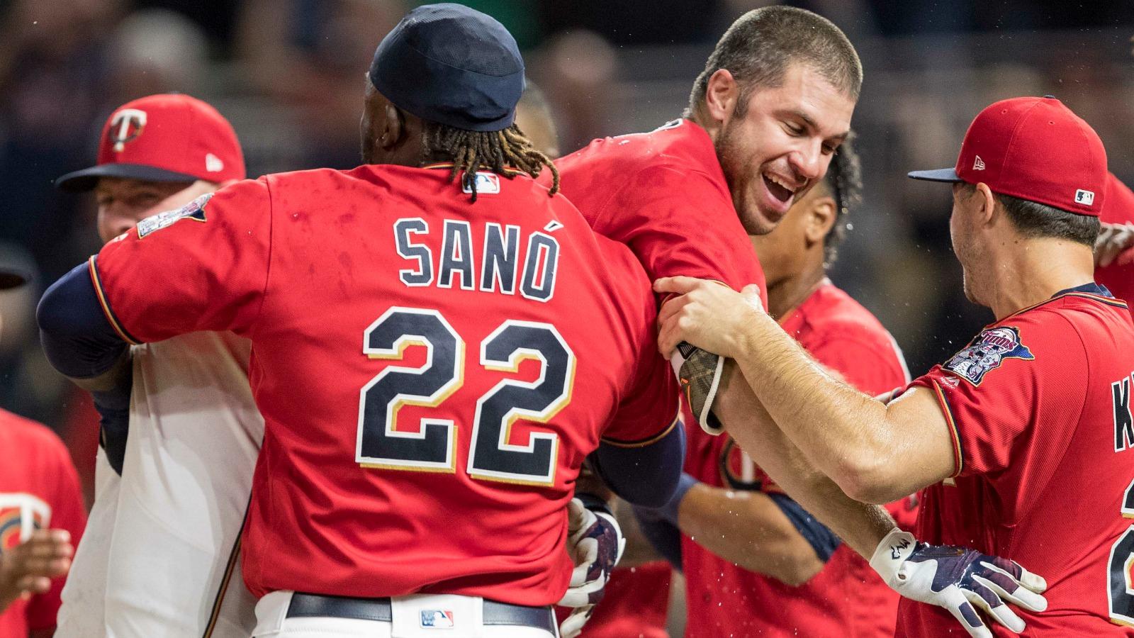 052617-MLB-Twins-PI