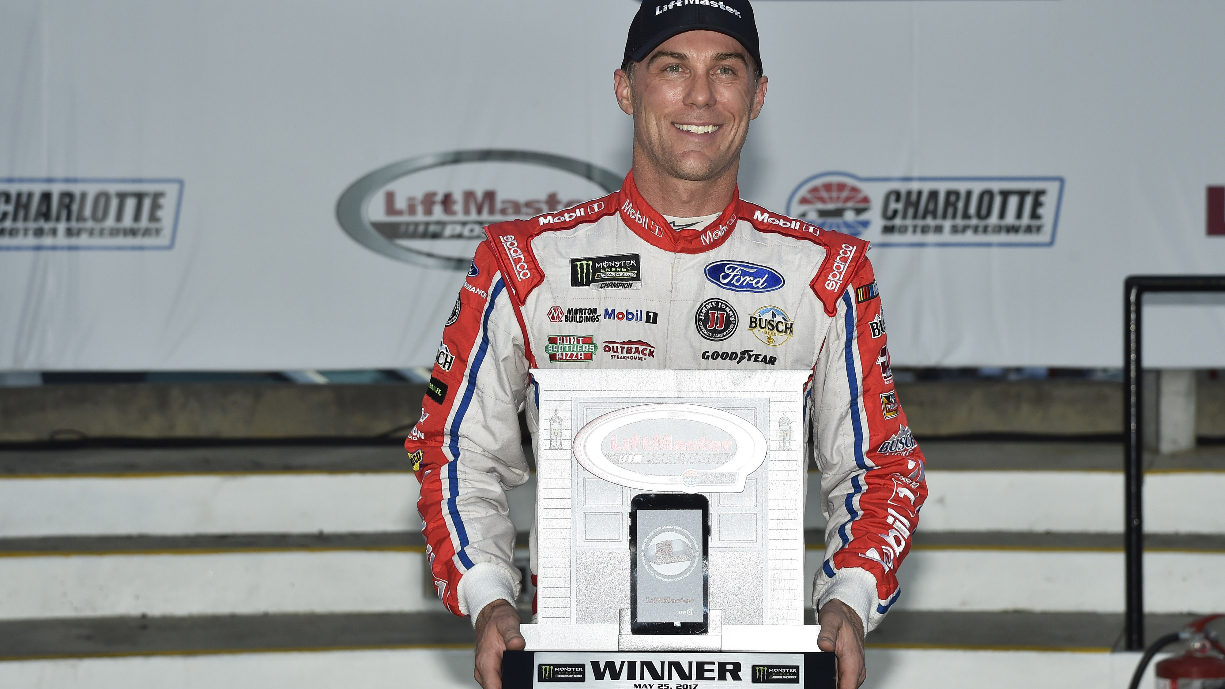 Monster Energy NASCAR Cup Series Coca-Cola 600 Charlotte Motor Speedway, Concord, NC USA Thursday 25 May 2017 Kevin Harvick, Stewart-Haas Racing, Mobil 1 Ford Fusion Pole Winner World Copyright: Nigel Kinrade LAT Images ref: Digital Image 17CLT2nk02692