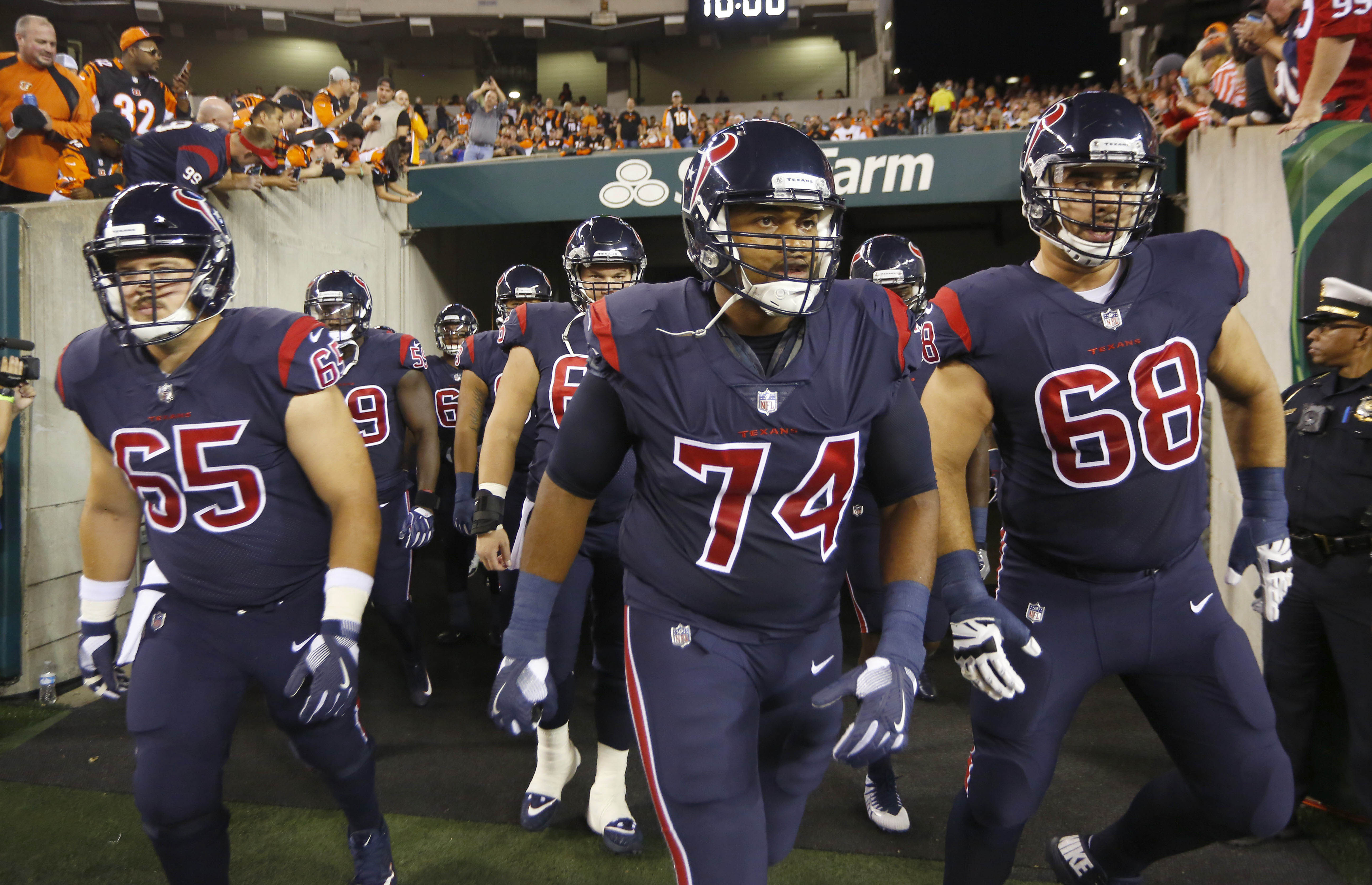 Sep 14, 2017; Cincinnati, OH, USA; The Houston Texans run on the field at the beginning of a game against the Cincinnati Bengals at Paul Brown Stadium. Mandatory Credit: David Kohl-USA TODAY Sports