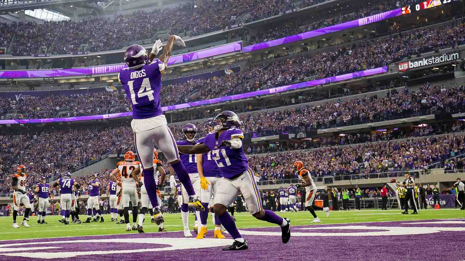 Minnesota Vikings wide receiver Stefon Diggs celebrates his touchdown in the second quarter against the Cincinnati Bengals at U.S. Bank Stadium.