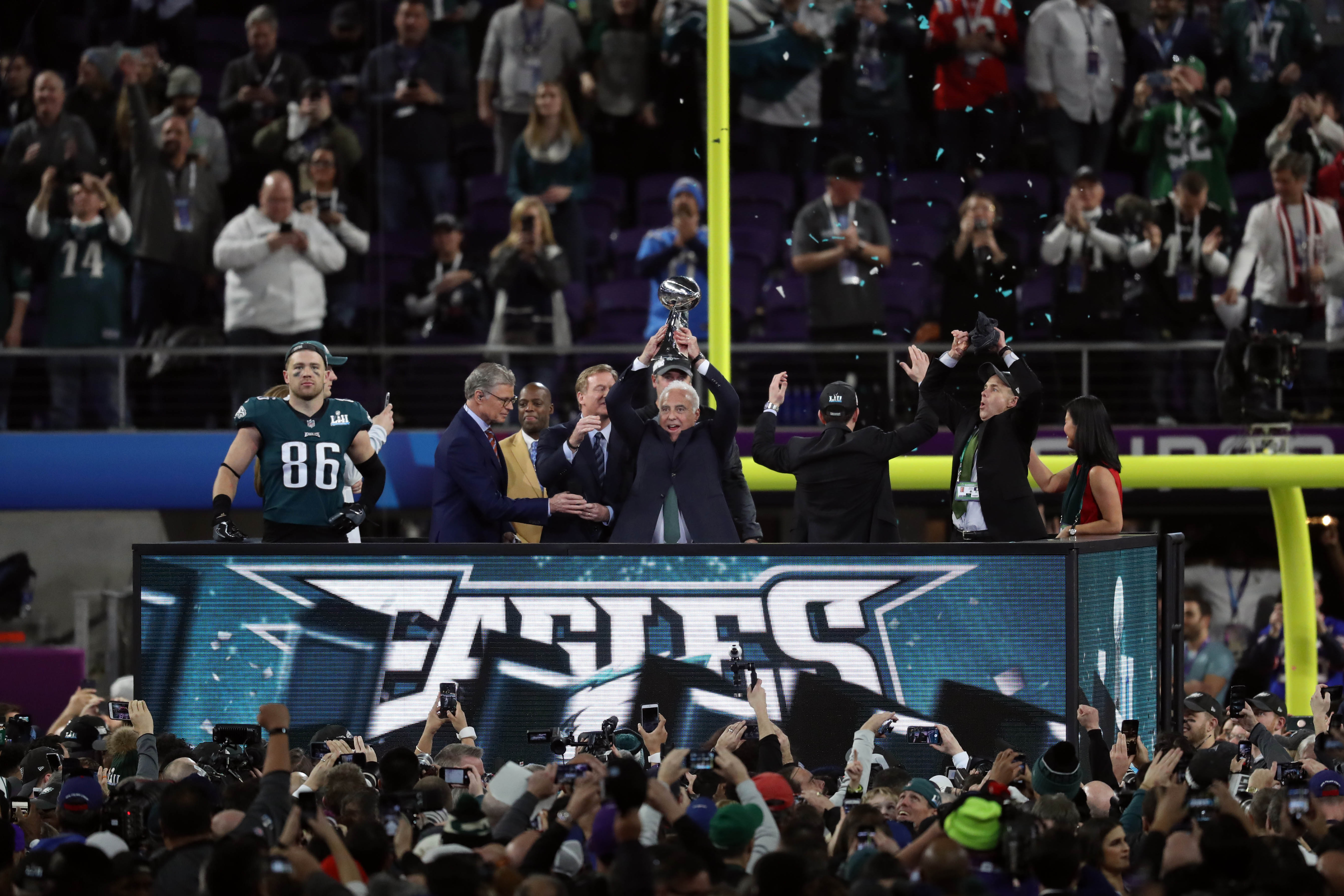 Feb 4, 2018; Minneapolis, MN, USA; NFL commissioner Roger Goodell presents Philadelphia Eagles owner Jeffrey Lurie the the Vince Lombardi Trophy after they defeated the New England Patriots in Super Bowl LII at U.S. Bank Stadium. Mandatory Credit: Brace Hemmelgarn-USA TODAY Sports