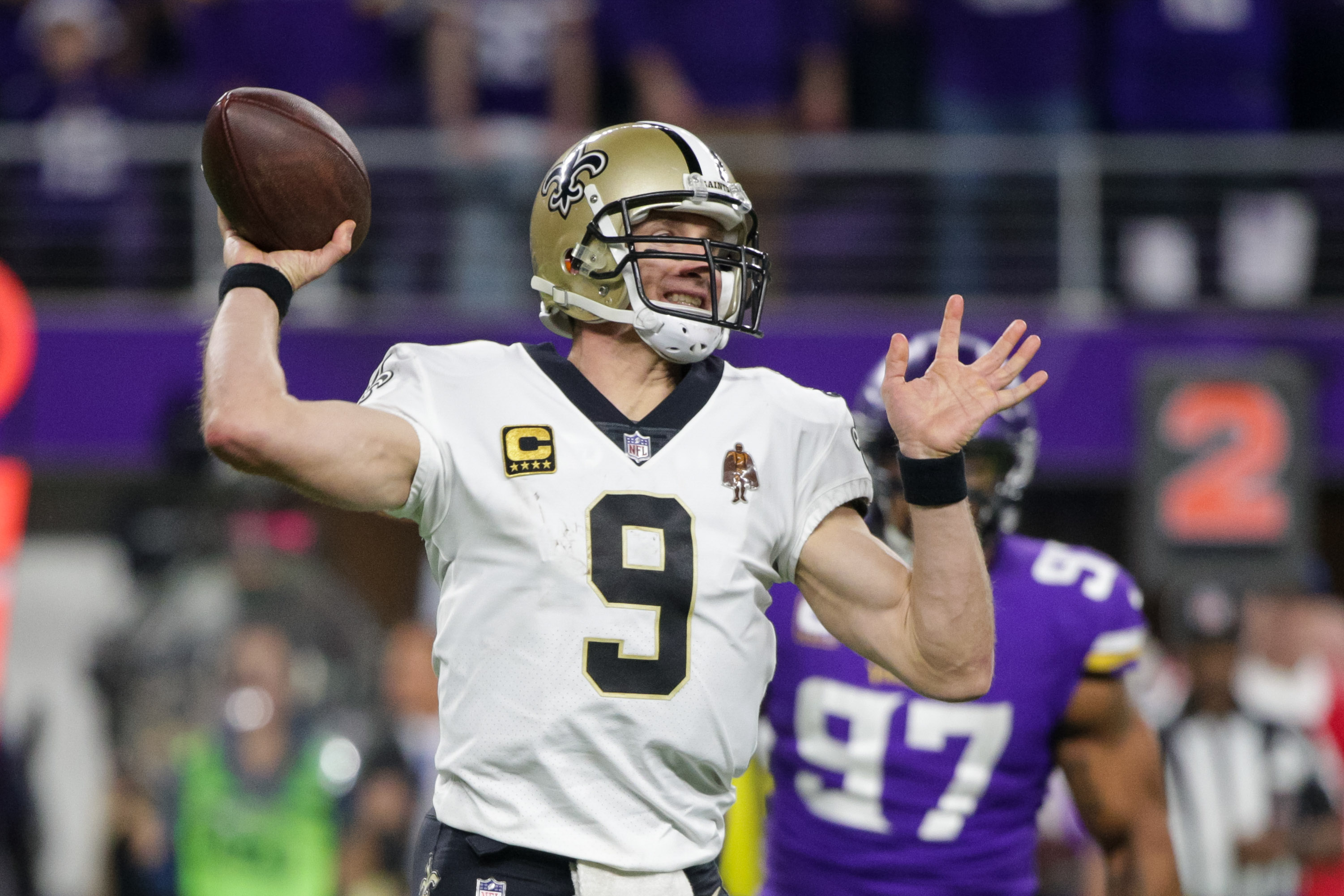 Jan 14, 2018; Minneapolis, MN, USA; New Orleans Saints quarterback Drew Brees (9) passes in the fourth quarter against the Minnesota Vikings at U.S. Bank Stadium. Mandatory Credit: Brad Rempel-USA TODAY Sports
