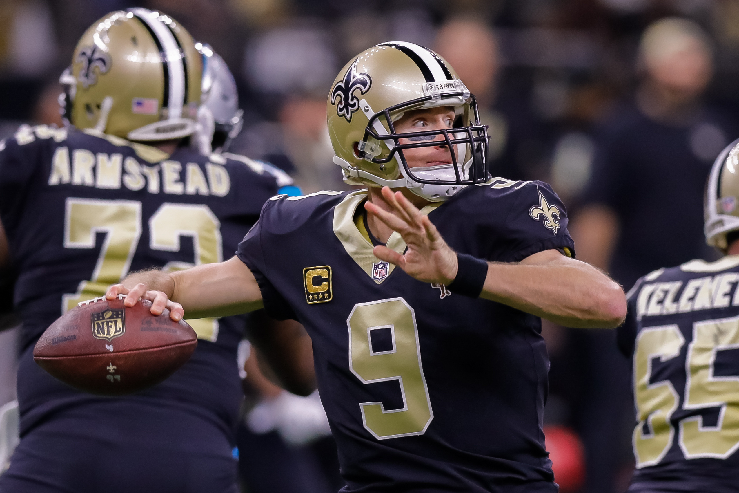 Jan 7, 2018; New Orleans, LA, USA; New Orleans Saints quarterback Drew Brees (9) drops back to pass against Carolina Panthers in the NFC Wild Card playoff football game at Mercedes-Benz Superdome. Mandatory Credit: Stephen Lew-USA TODAY Sports
