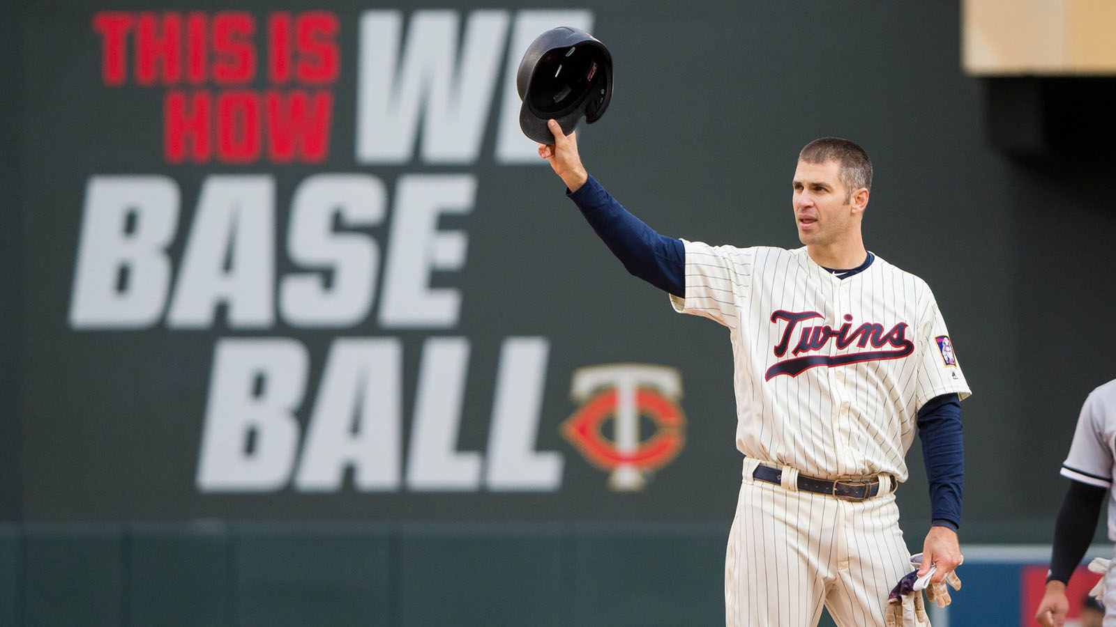pi-fsn-twins-joe-mauer-final-game-10-100118