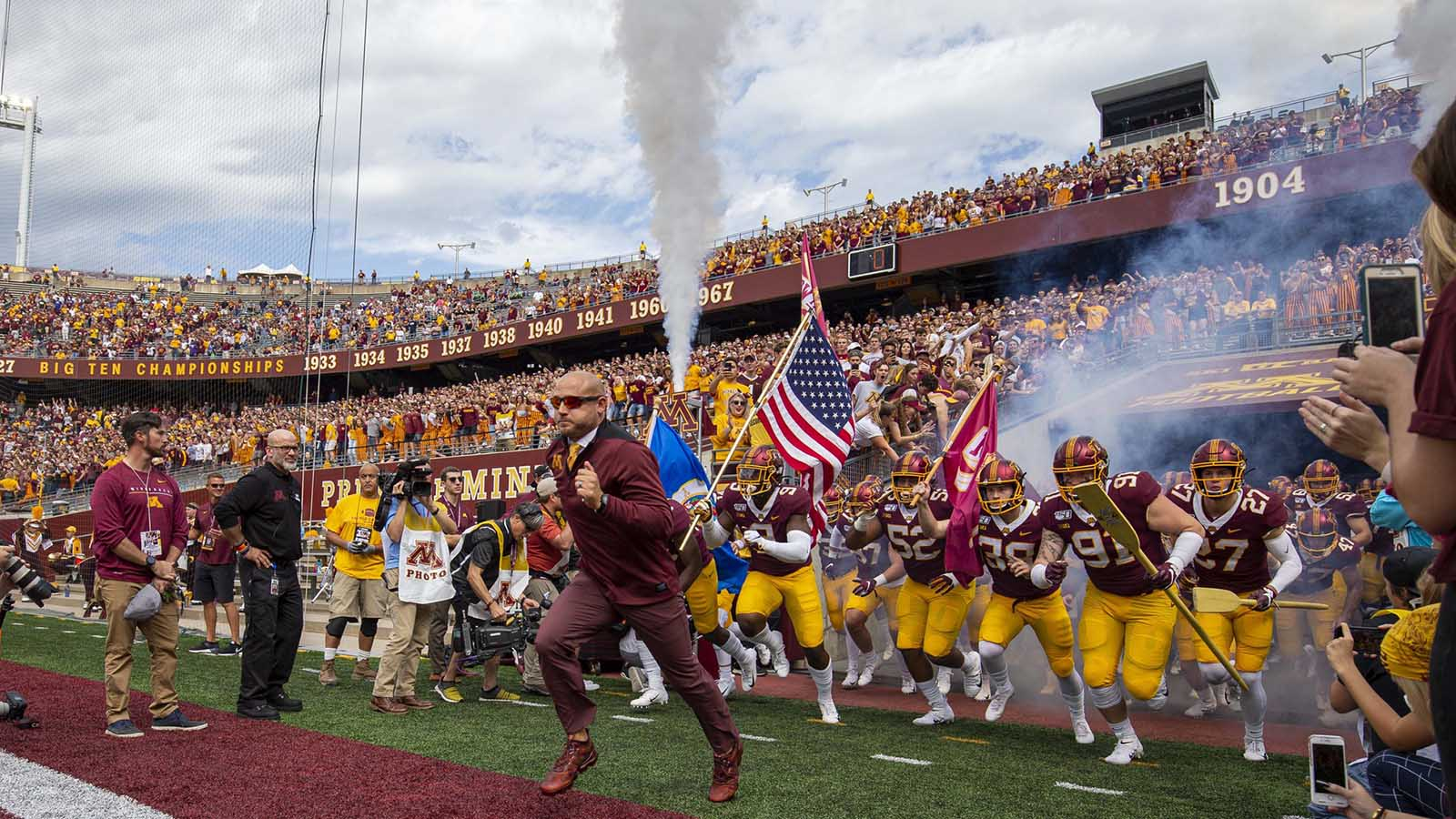 pi-fsn-gophers-pj-fleck-tcf-bank-stadium-091419