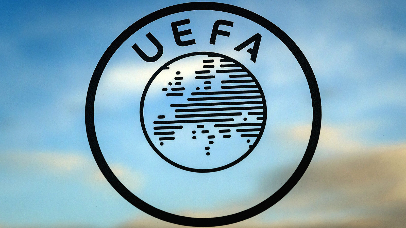 033115-Soccer-UEFA-football-Logo-PI-JE-