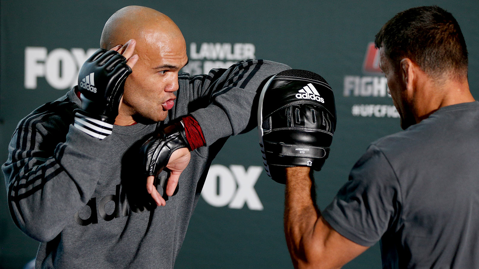 072514-UFC-Robbie-Lawler-holds-an-open-training-session-for-media-PI
