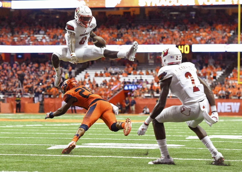 9530016-lamar-jackson-ncaa-football-louisville-syracuse-1