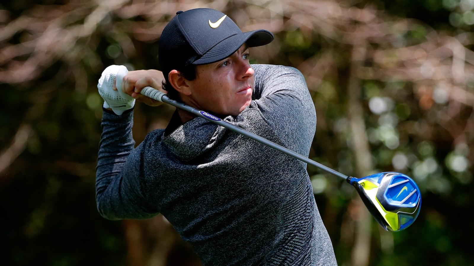 040716-Rory-McIlroy-Kobe-Bryant-Masters-3-PI