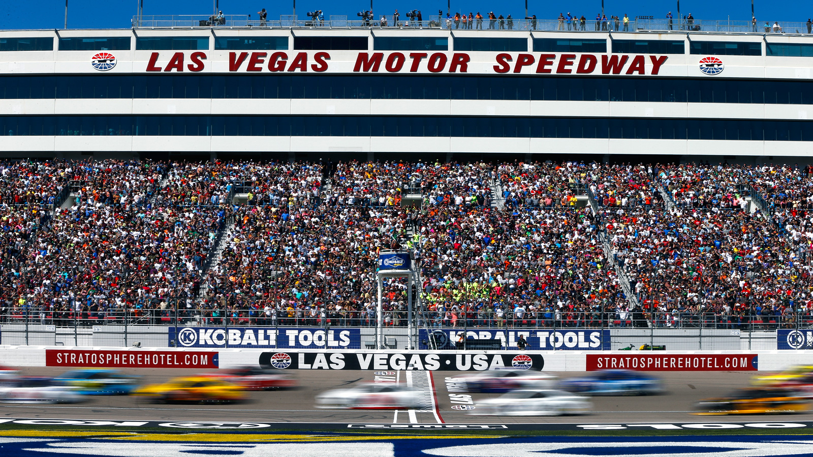 Remembering nascar s first visit to sin city news e for Sin city motors las vegas