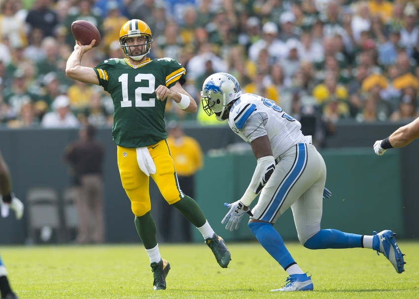 9564082-aaron-rodgers-nfl-detroit-lions-green-bay-packers