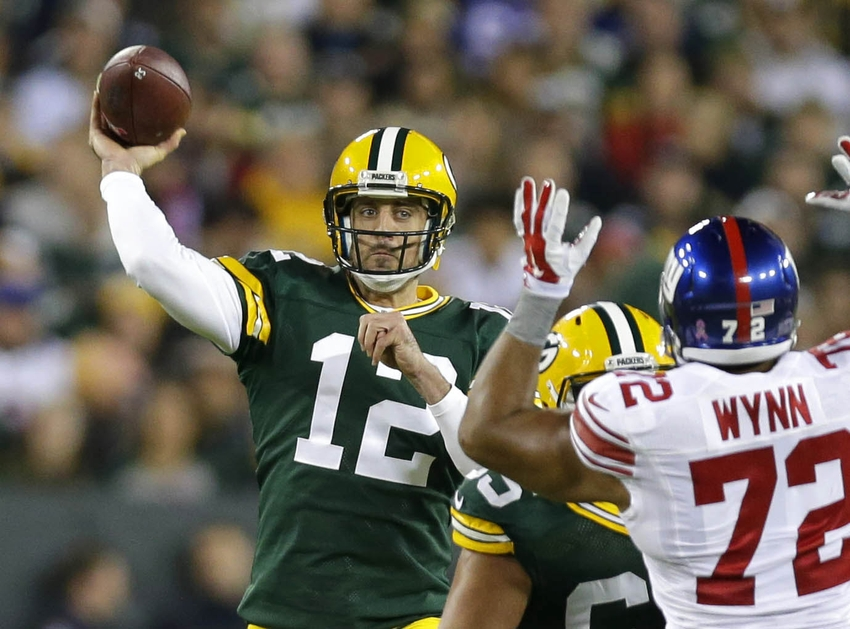 9599688-aaron-rodgers-nfl-new-york-giants-green-bay-packers