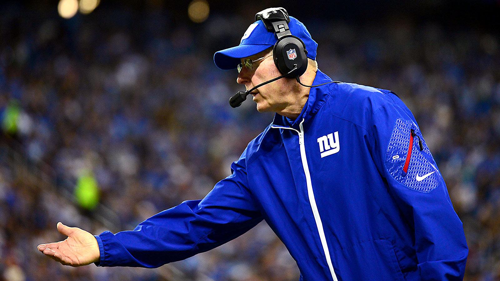 041514-NFL-giants-tom-coughlin-on-sidelines-ahn-PI